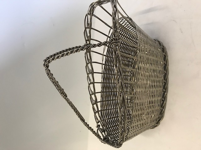 Silver plated wine bottle cradle with basket weave body and rope twist handle (c.1960)